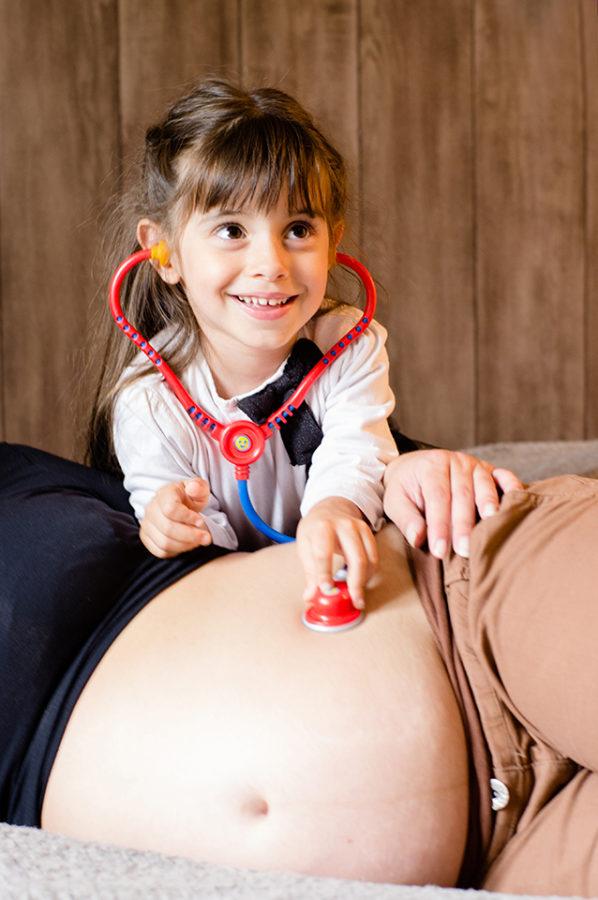 seance-grossesse-enfant-maman-couleur