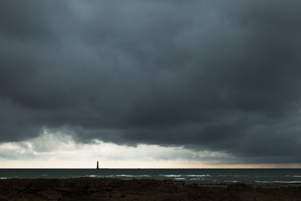 """""""10 years challenge"""" : mon évolution photographique. Photographie d'un paysage maritime sous l'orage."""