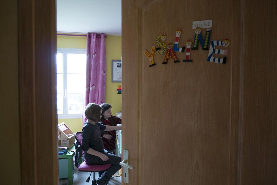 Pourquoi choisir un reportage du quotidien ? Photographie de famille, moments du quotidien, partage d'activité en famille. Enfance.