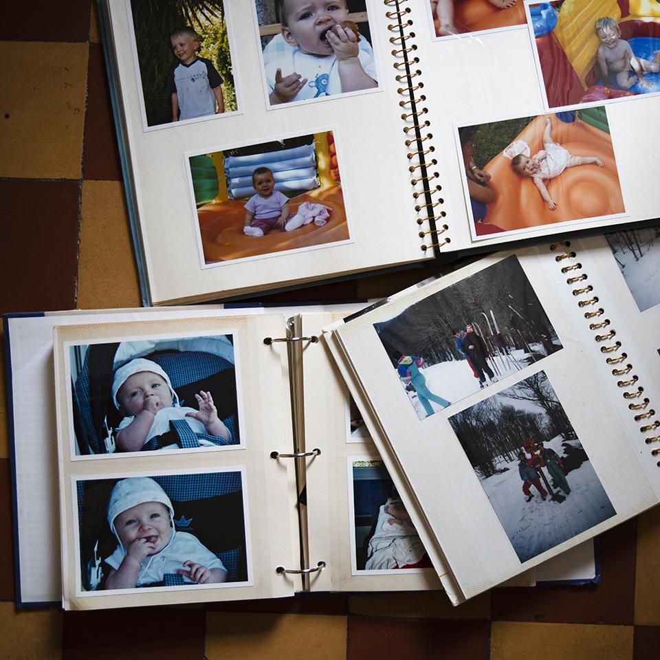 Vers le reportage du quotidien : comprendre ma démarche photographique. Mes vieux albums photos.