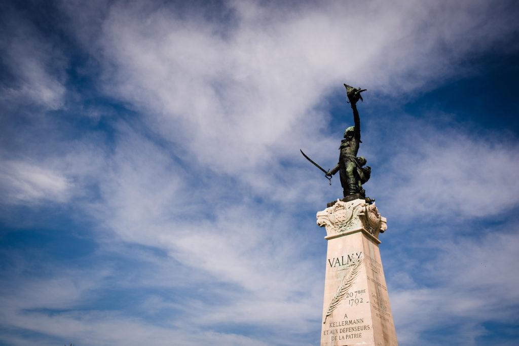Weekend touristique et retrouvailles entre amis dans la Marne. Photographie de la statue de Kerllermann sur le site de la bataille de Valmy.
