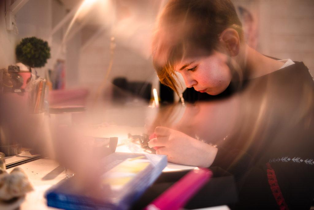 Comment rester créatif en photographie de portrait ? Portrait d'une jeune fille.
