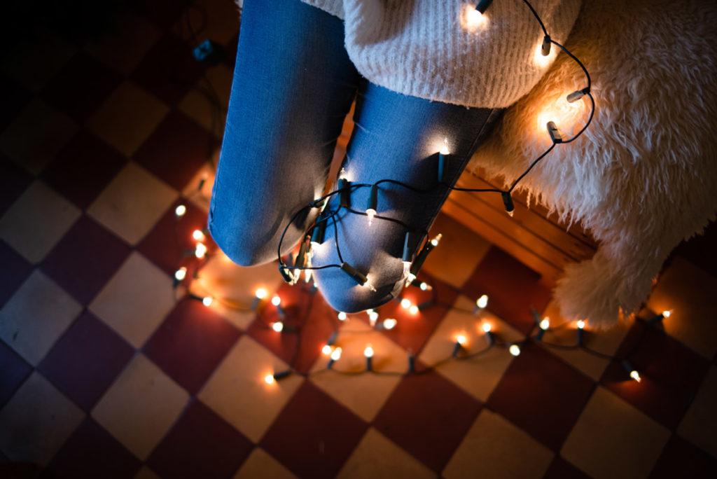 Au revoir 2019, bonjour 2020 ! Photographie de décorations de Noël. Photographe Pascaline Michon.