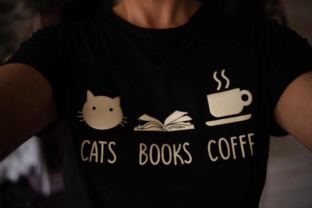 Défi photo le 24 du mois. Mon t-shirt préféré.