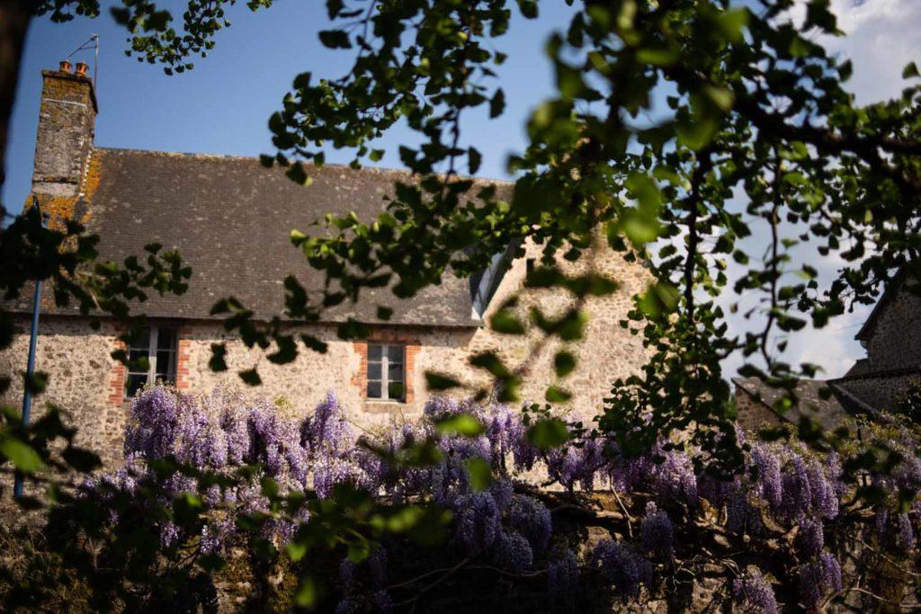 Une de mes valeurs phares : la simplicité. Une jolie maison en pierres dans un petit village de Mayenne.